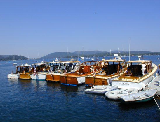 Czarter Grecja i Łodzie motorowe czarter